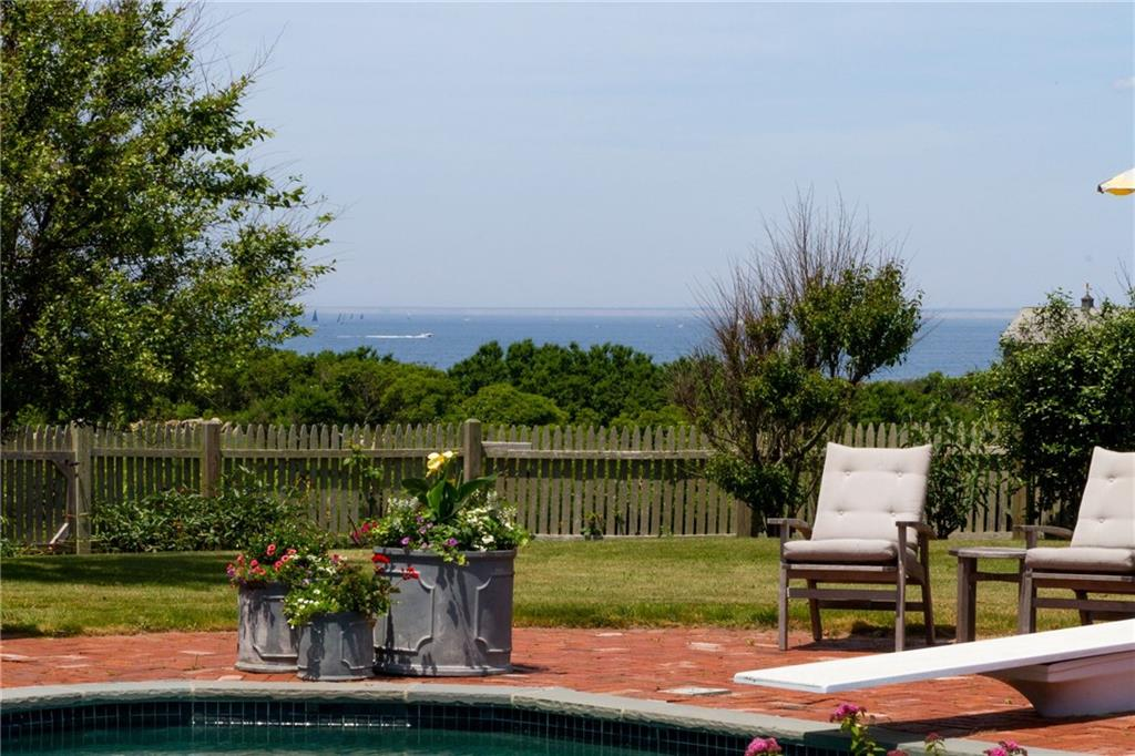1432 Cooneymus Road, Block Island
