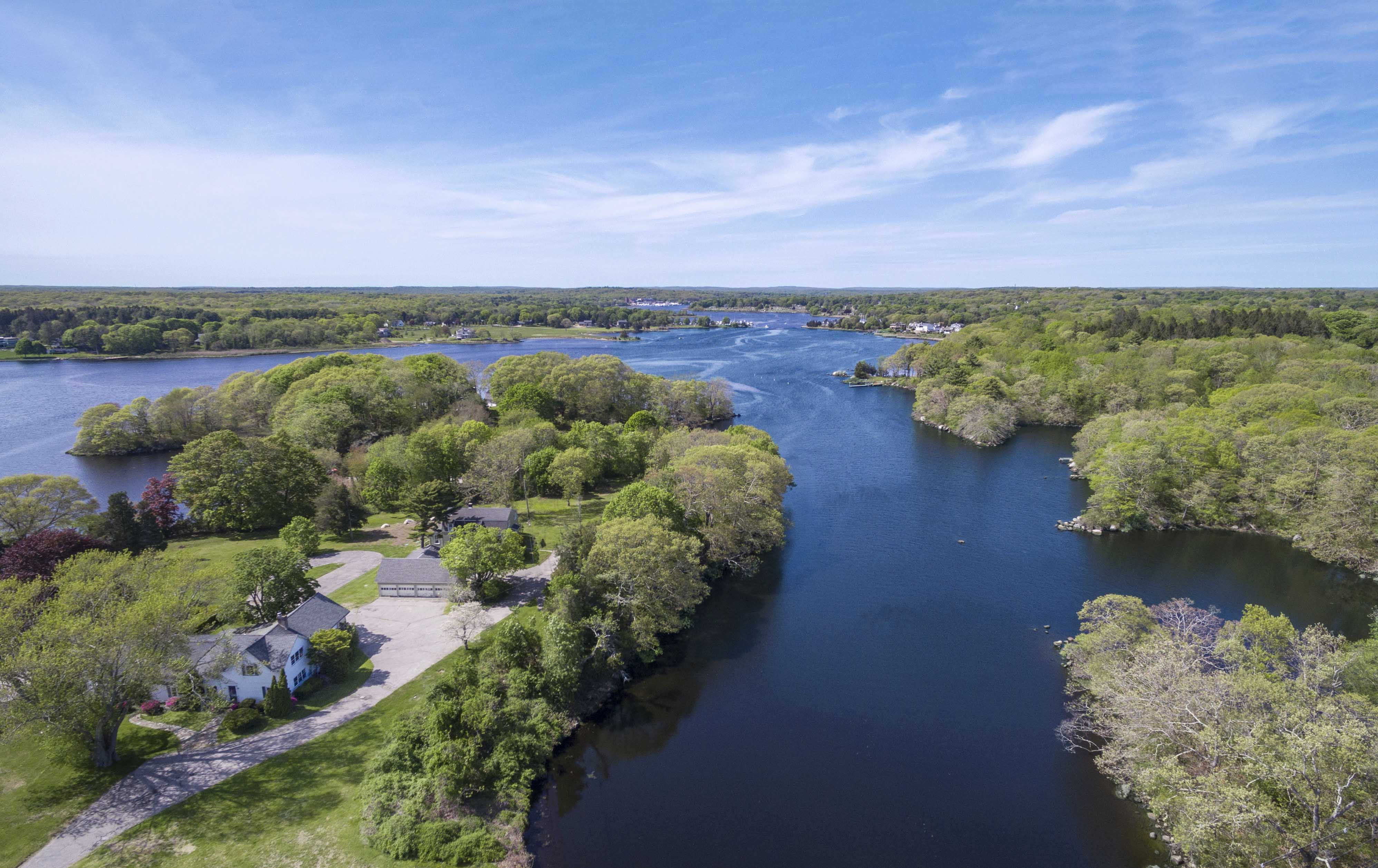 WATERFRONT MULTI-FAMILY COMPOUND IN WESTERLY SELLS FOR $2.5M WITH LILA DELMAN REAL ESTATE ON BOTH SIDES OF THE TRANSACTION