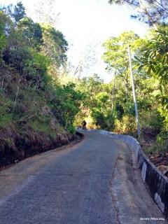 The climb to Dica.