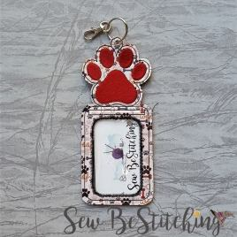 ITH paw print id holder/luggage tag – 5 x 7 – Embroidery Design – DIGITAL Embroidery design