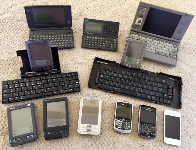 tech gadgets, electronic organizers, philips, philips velo 1, royal electronic organizer, toshiba, toshiba libretto, palm, palm pilot, palm V, palm m505, palm IIIc, palm lifedrive, blackberry, blackberry curve, blackberry bold, iphone, iphone 4s