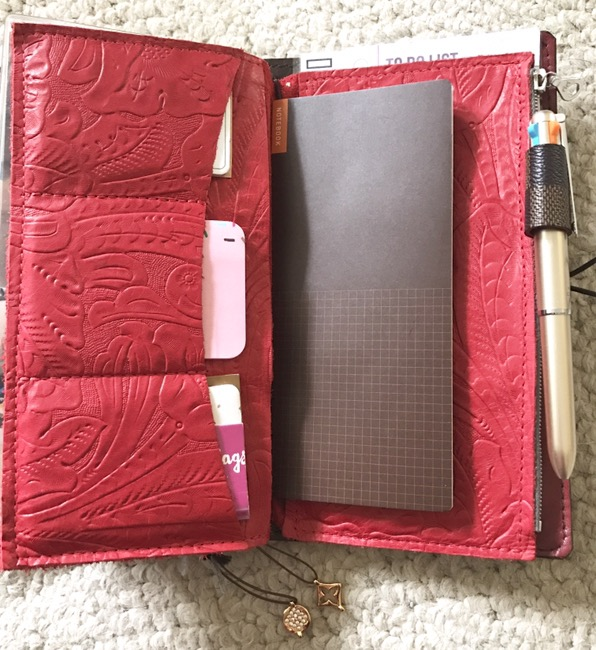 Paper Flower Design Studio, on-the-go planner, planners, hobonichi weeks, tomoe river paper, personal planner, primary planner, blog planner, content planner, youtube planner, fountain pens, lamy, lamy lx, lamy lx rose gold, pilot lumio, foxy fix, leather insert, travelers notebook