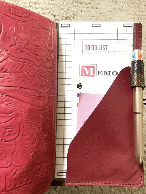 Paper Flower Design Studio, on-the-go planner, planners, hobonichi weeks, tomoe river paper, personal planner, primary planner, blog planner, content planner, youtube planner, fountain pens, lamy, lamy lx, lamy lx rose gold, pilot lumio, travelers notebook