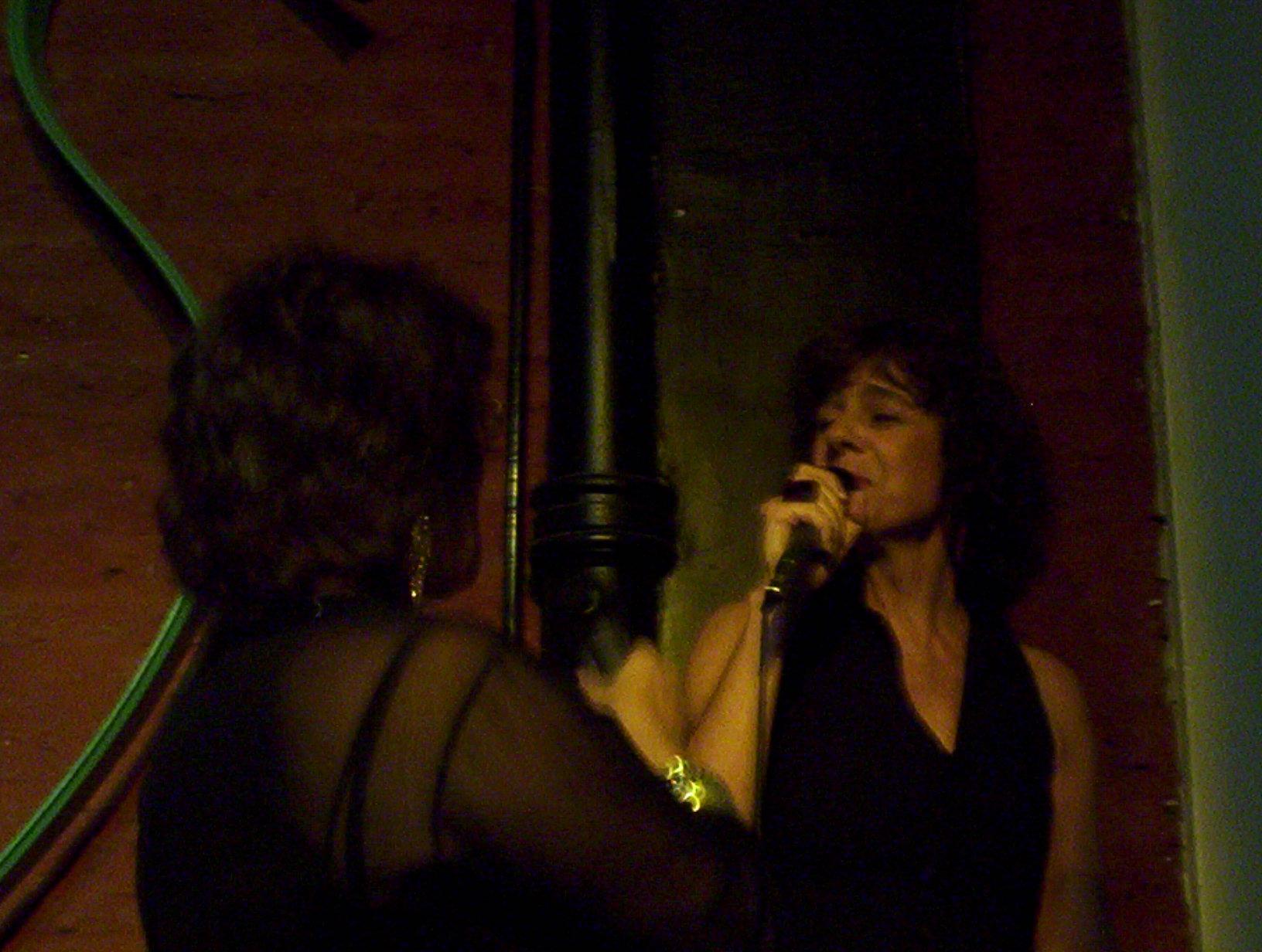 Cantando con Nani