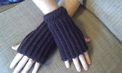 Brown Men's Fingerless Gloves