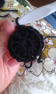 Circle closed by slip stitch