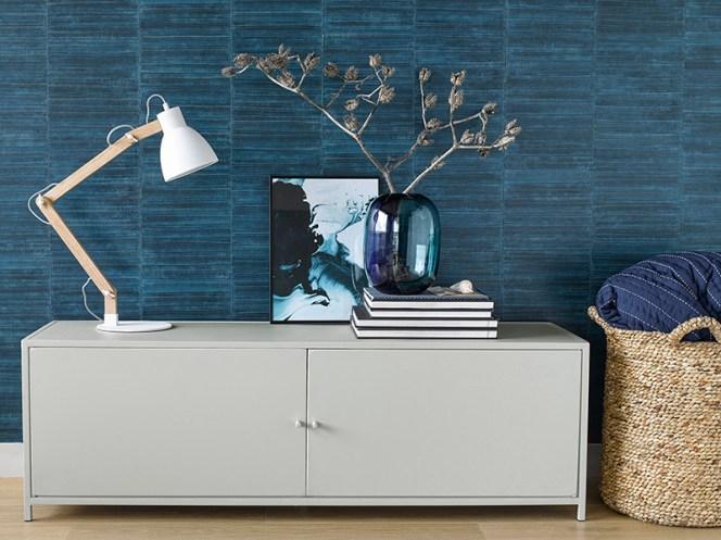 meuble mur bleu inspiration ampm lampe bois vase panier osier