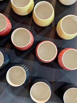 petits pots colorés Edith Luthier
