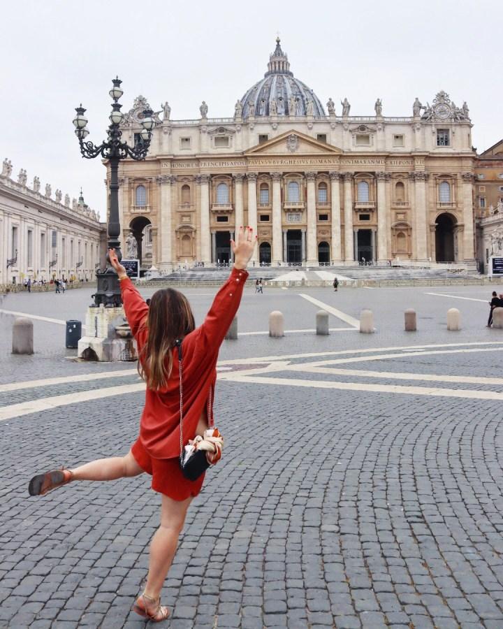 Place Saint Pierre - Rome
