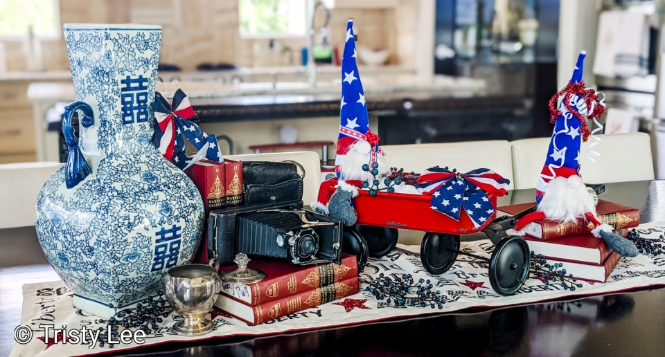 Family History 4th of July Tablescape