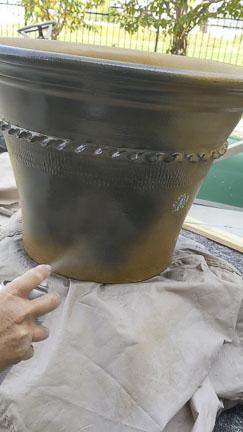 Spray Paint Pot