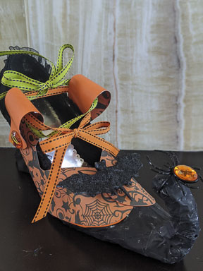 DIY Witches Shoe