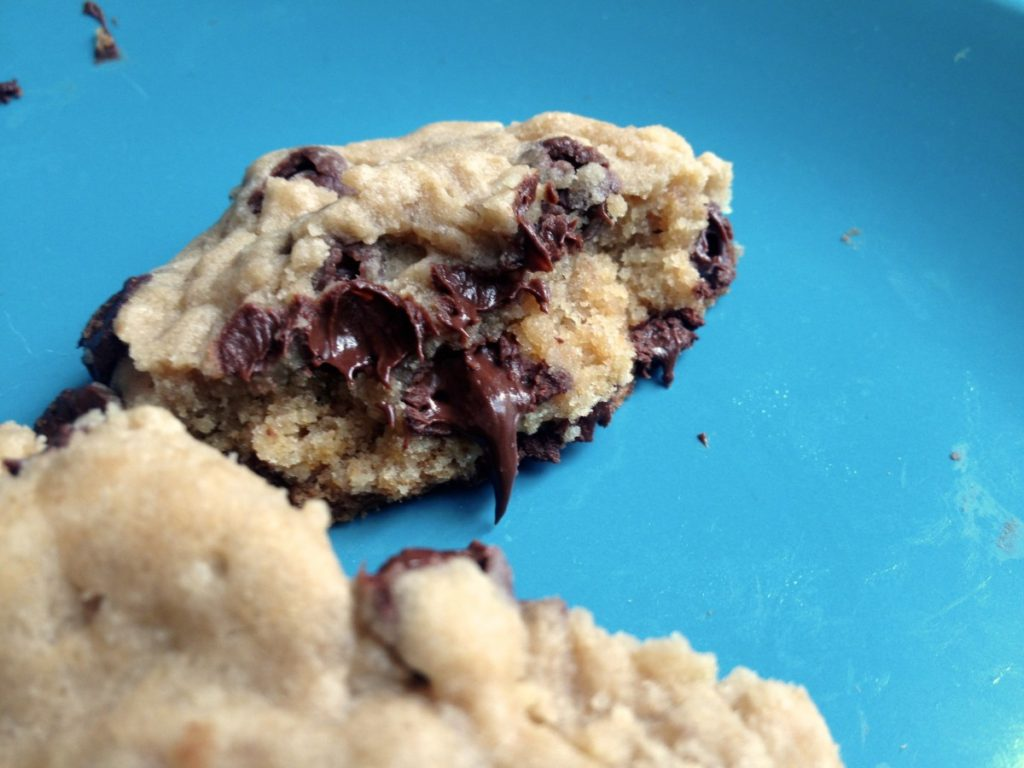 how to make chewy chocolate chip cookies without eggs