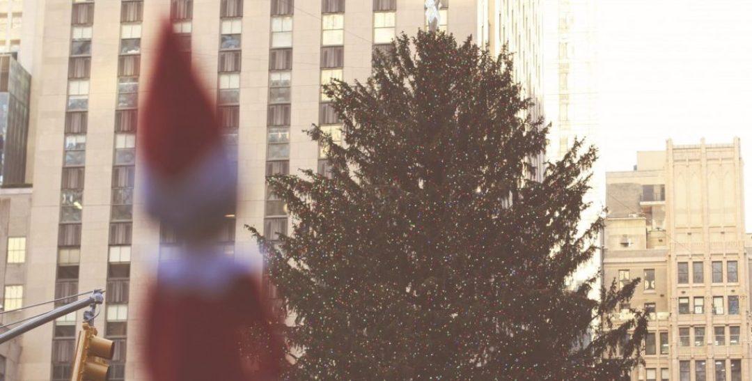 Elf on the Shelf: Rockefeller Tree