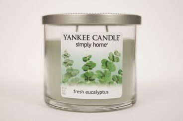 Fresh Eucalyptus Yankee Candle