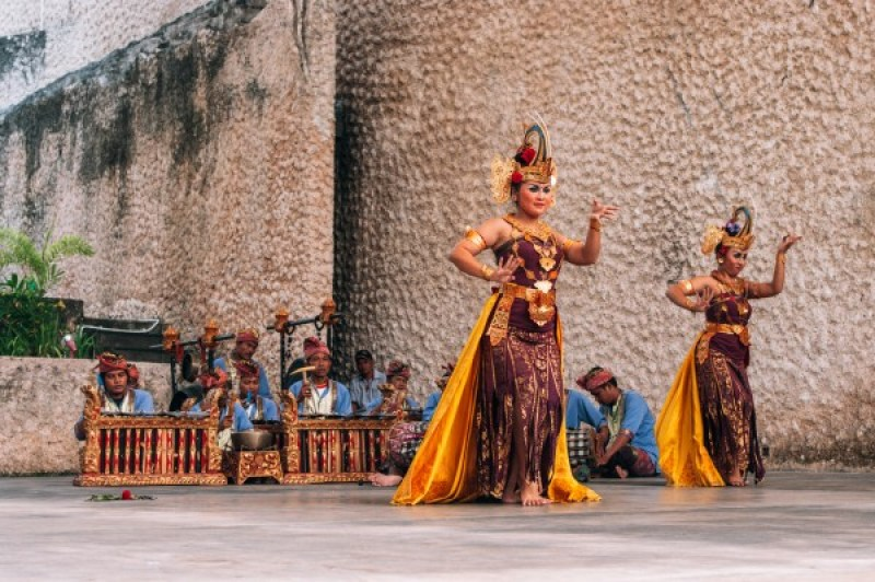 danseuse spectacle carnet voyage bali blog lili in wonderland