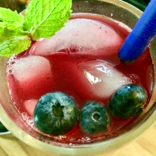 Hibiscus Blueberry Iced Tea