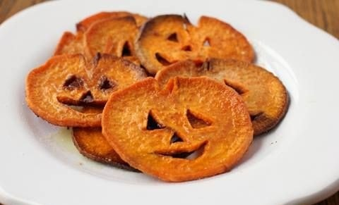 halloween food chips di zucca