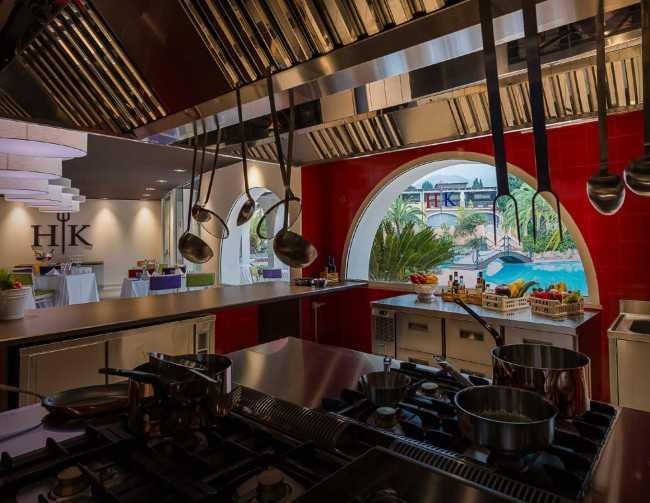 Forte-Village-Resort-ristoranti-bar-hells-kitchen-02