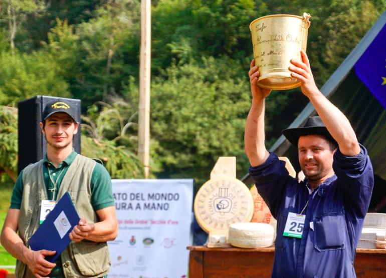 Campionato mondiale di mungitura a mano