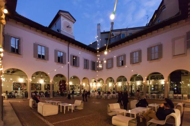 Chiostro Piccolo teatro Milano