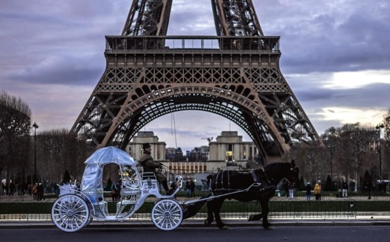 Mercatini di Natale Parigi Tour Eiffel