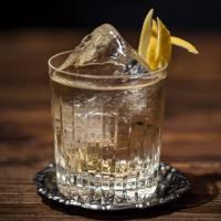 Preparare in casa il Gin Tonic perfetto: ricetta e dosi