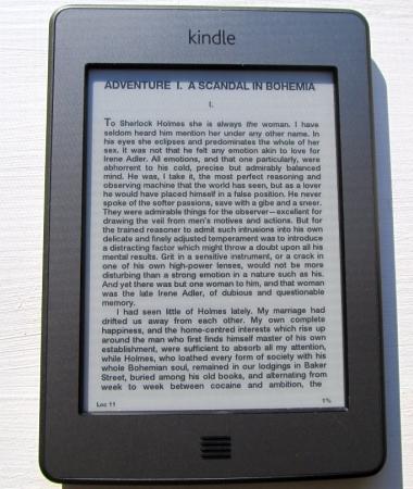 Amazon Kindle Touch (Sherlock Holmes)