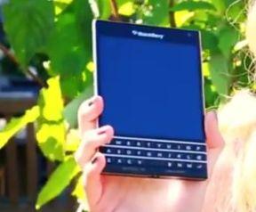 blackberry passport_03