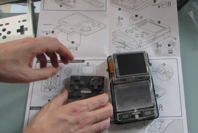 Gameshell modular DIY handheld game console: unboxing