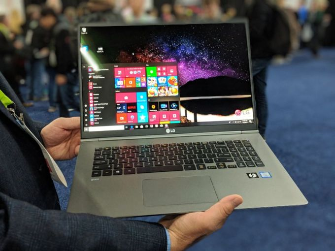 Hands-on with LG's 17 inch, 3 pound laptop - Liliputing