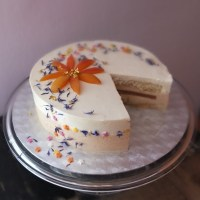 Healthier apricot sunshine mousse cake recipe!  With quark, low-gluten and refined sugar-free!