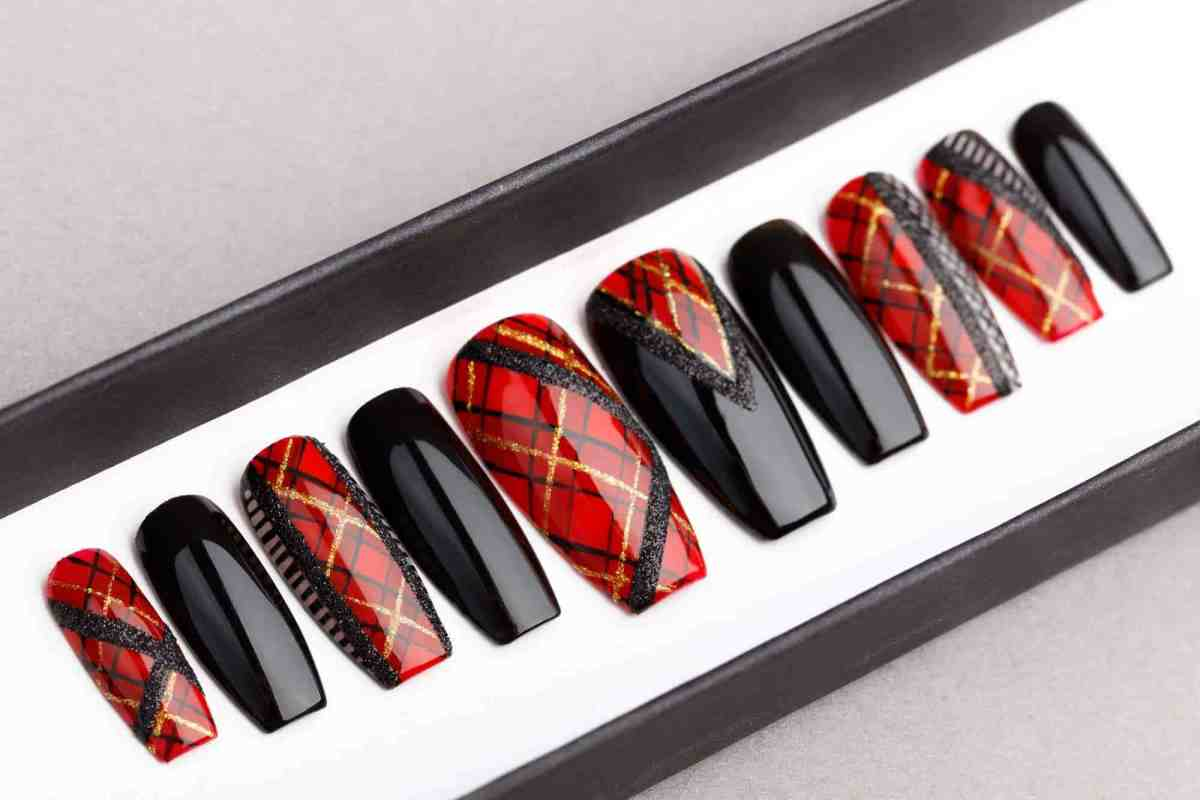 Balmain inspired press on nails, fake nails, pop-ons, celebrity nails