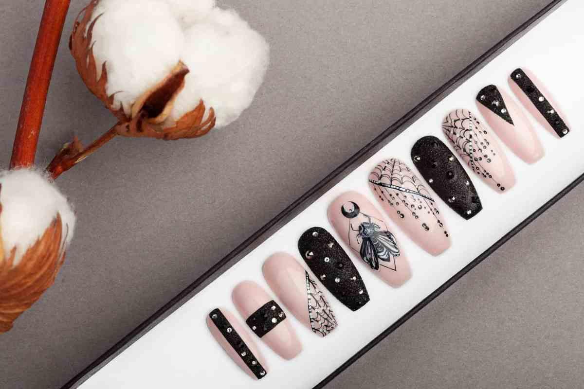 BarFly Press on Nails with Swarovski Crystals   Gothic nails   Hand painted Nail Art   Fake Nails   False Nails   Rock Nails