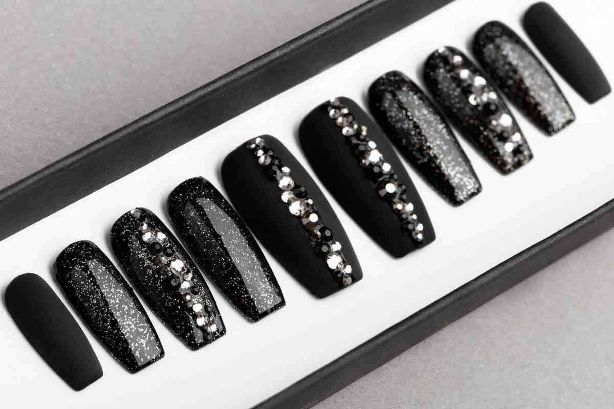 Black Abstract Press On Nails with Swarovski crystals | Hand painted Nail Art | Fake Nails | False Nails | Rhinestones