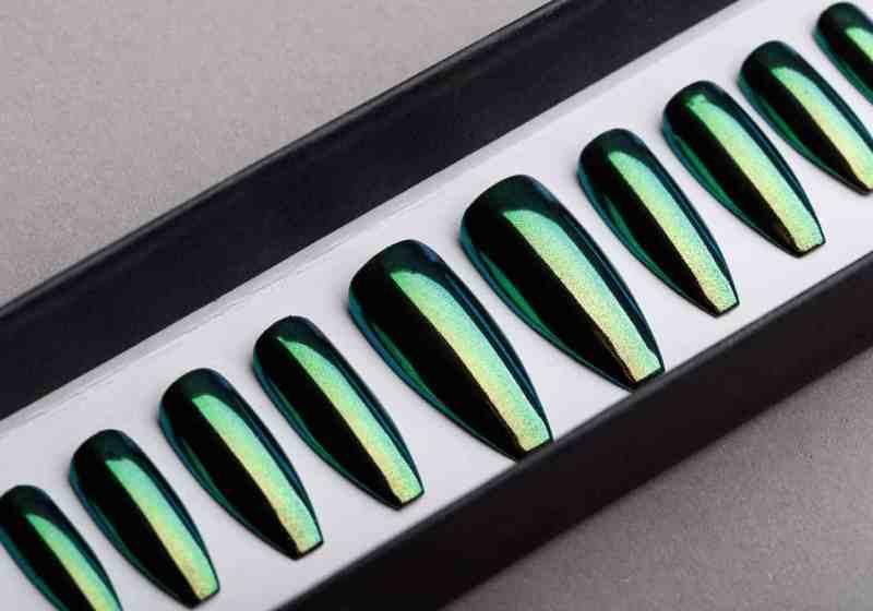 Green Mirror Press on Nails | Nude Nails | Handpainted Nail Art | Fake Nails | False Nails | Unicorn Nails | Chrome nails | Manicure