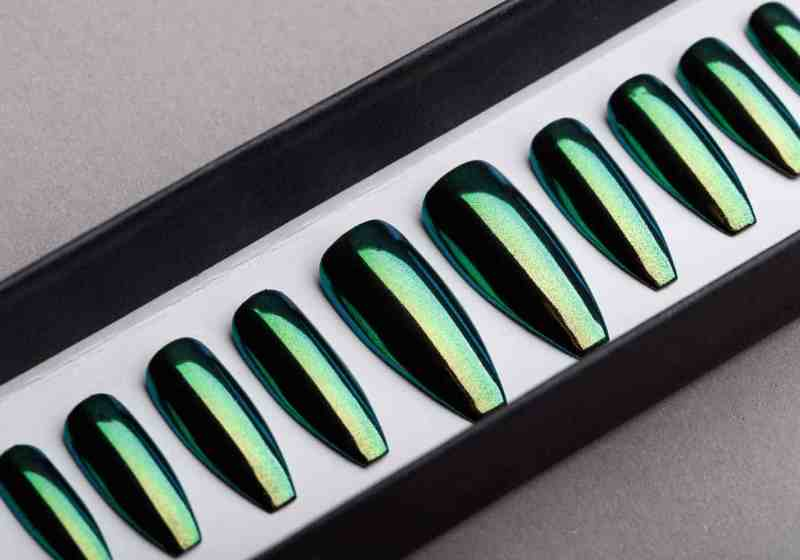 Green Mirror Press on Nails | Nude Nails | Handpainted Nail Art | Fake Nails | False Nails | Unicorn Nails | Chrome nails | Manicure