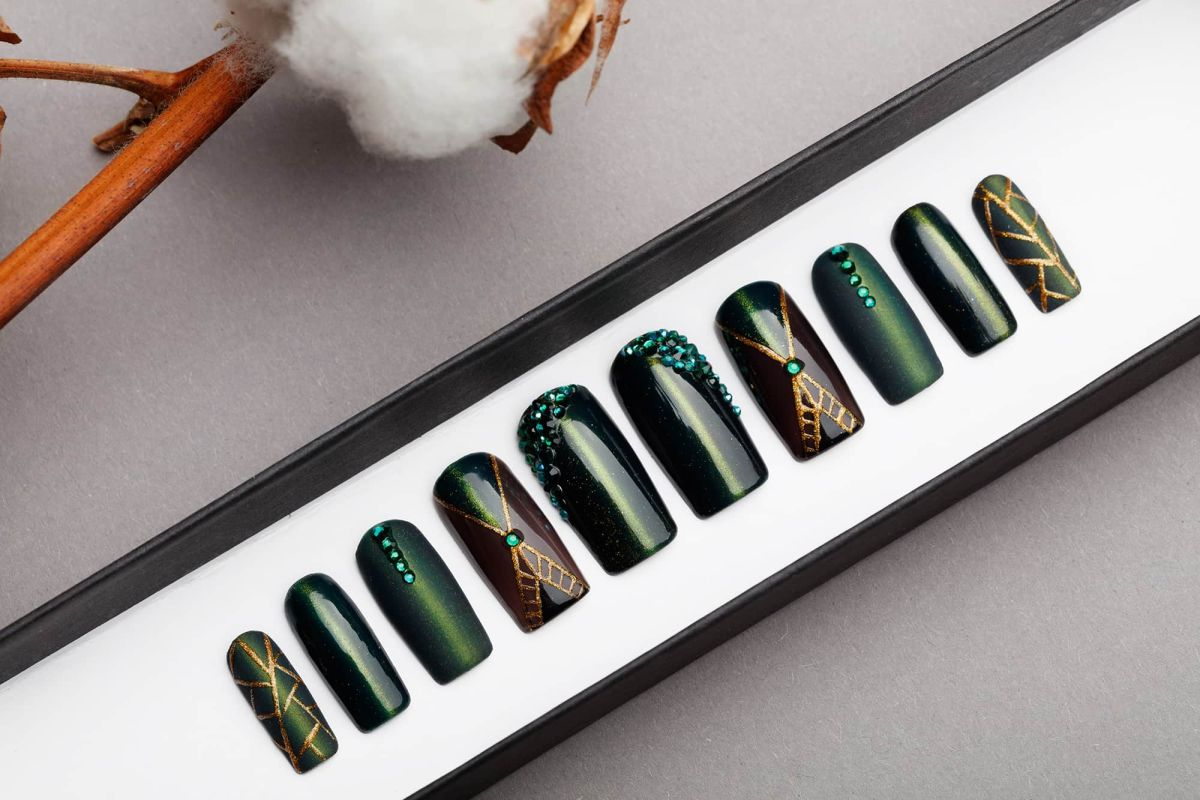 Green Cat Eye Press on Nails with Black Swarovski Crystals | Matte and Gloss | Hand painted Nail Art | Fake Nails | False Nails