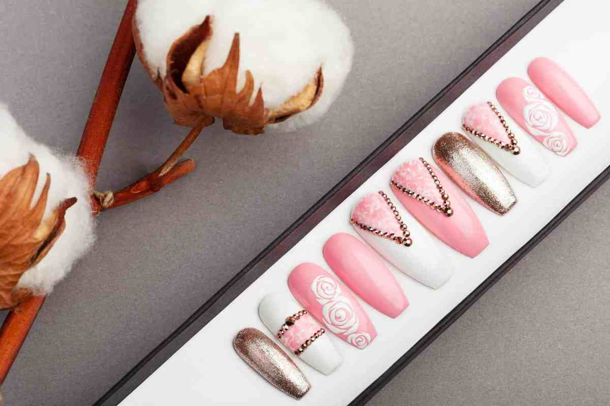 Classy Pink Press on Nails | Rose Gold Swarovski | Roses | Nail Art | Fake Nails | False Nails | Glue On Nails