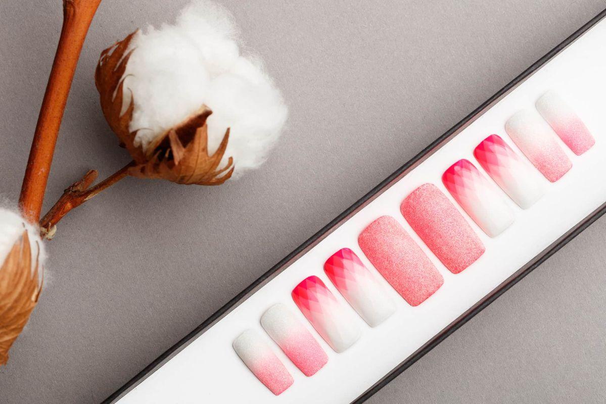 Coral Geometry Press on Nails | Summer nails | Pattern nails | Happy nails | Hand painted Nail Art | Fake Nails | False Nails