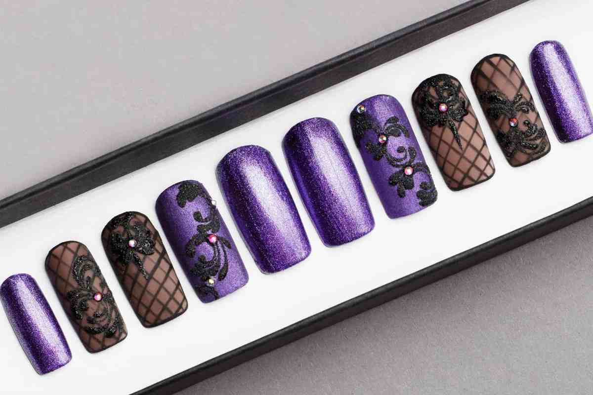 Violet Glitter Press on Nails with Swarovski Crystals | Black Pattern | Hand painted Nail Art | Fake Nails | False Nails