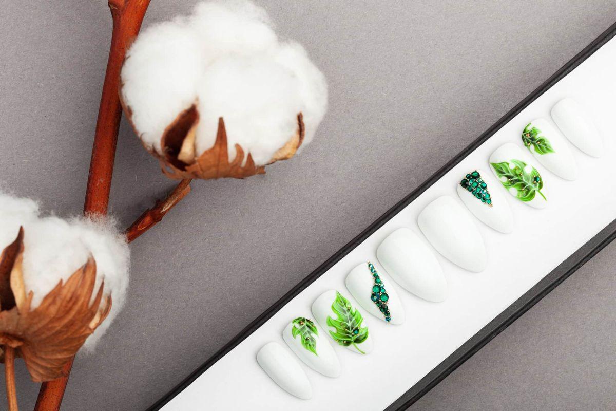 White Press on Nails with Palm Leaves and Swarovski Crystals   Nail Art   Fake Nails   False Nails   Glue On Nails  Acrylic Nails