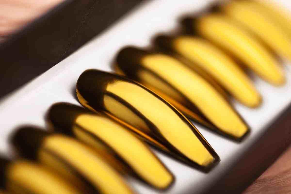 Golden Mirror Press on Nails
