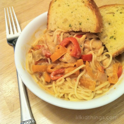 Chicken Alfredo with Red Peppers