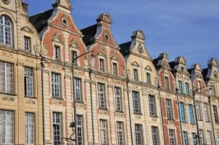 Arras - façades place des héros
