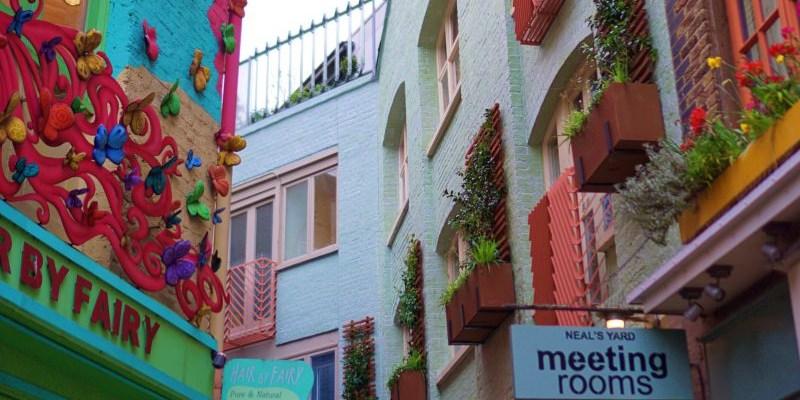 【倫敦市集】柯芬園Covent Garden市集購物/時間/交通 Neal's Yard Remedies創始店彩虹庭院