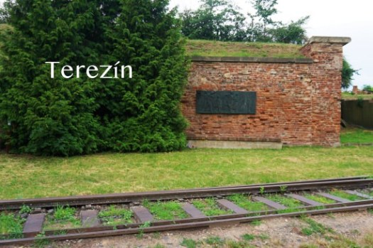 【捷克】Terezin集中營一日遊(下)Ghetto博物館、Magdeburg Barracks,難以想像的生活。