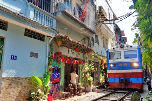 河內景點|最新火車街地點、時刻表、咖啡廳推薦,別再去老城區的那個囉!