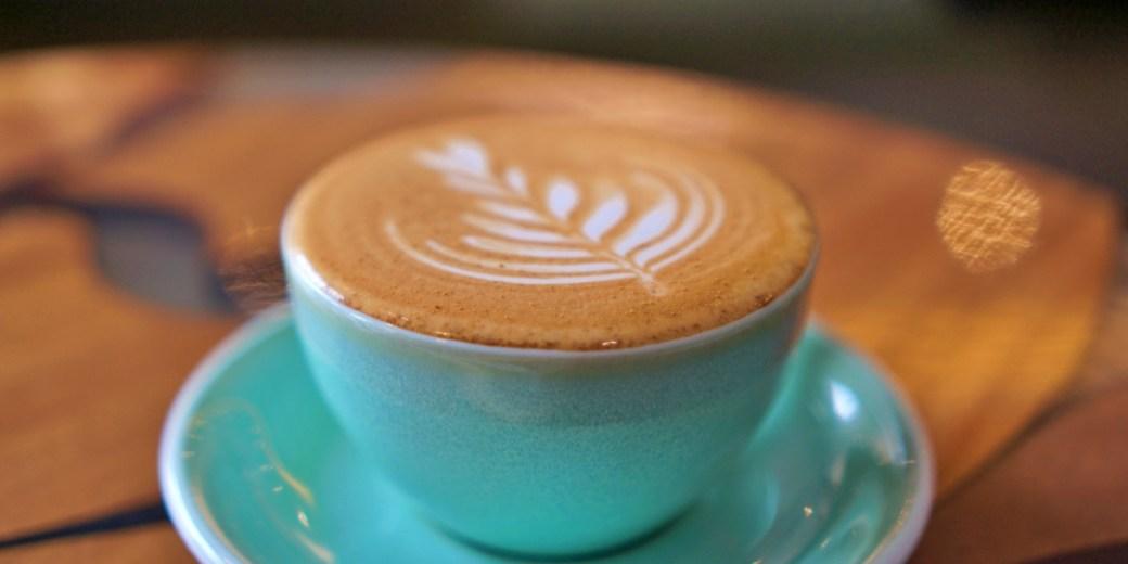 新竹竹北咖啡廳|滯在咖啡所Linger131,讓手沖咖啡和肉桂捲耽誤你