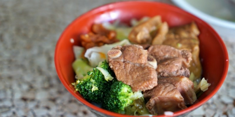 嘉義市美食 阿亮Q排古早味小排飯,在地人推薦有媽媽味道的巷弄小吃